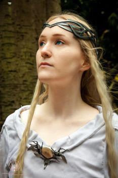 Galadriel   Lord Of The Rings Cosplay By Faramon-d by GreenJedi01