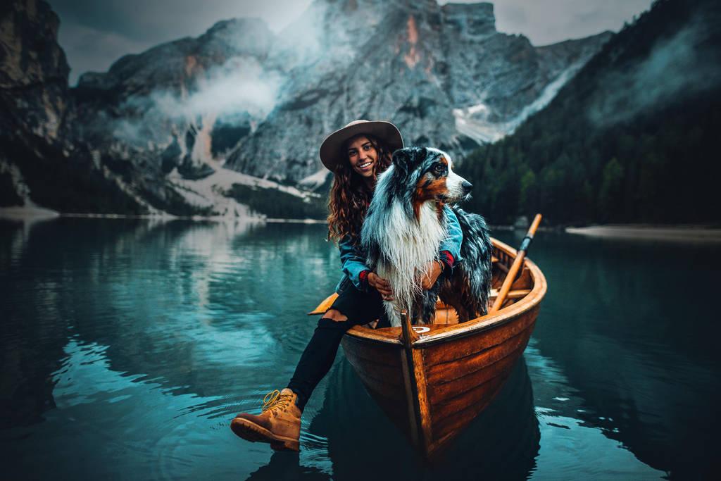 On the same boat by KristynaKvapilova