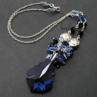 Winter Queen necklace by Dark-Lioncourt