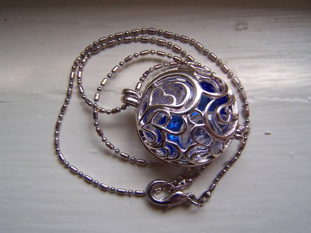 necklace_by_nikayla45_d10w5kl-fullview.jpg