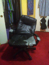 R.I.P my desk chair 2012-2018 by MAGEBAD
