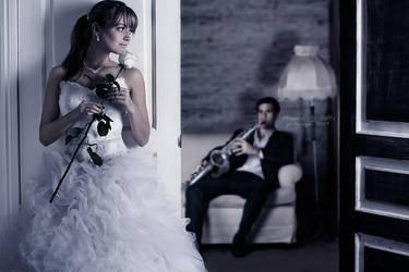 serenade sec by MecuroBCotto