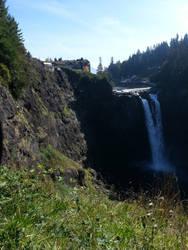 Snoqualmie Falls by KillerWereWolf1