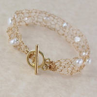 14k Gold Pearl Bracelet - Back by RavenBaubles