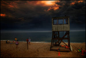 Storm approaching. by serenityamidst