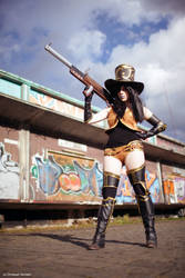 Caitlyn Cosplay: The Sheriff Is In Town by MomoeHamaguchi