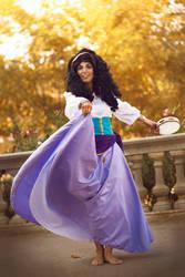 Esmeralda Cosplay (The Hunchback of Notre Dame) by mandarinez