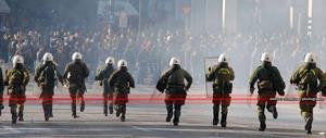 Athens Street Fights 6 by dimitriskoskinas