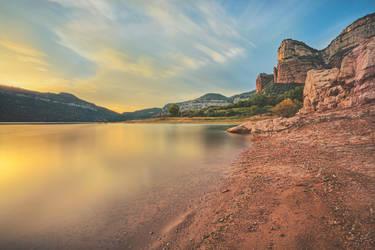Pantano de Sau, Spain by Witoldhippie