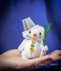 Teddy Snowman by YumiCamui