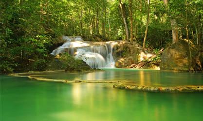 Erawan Waterfall II by comsic