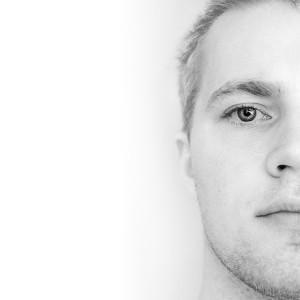 comsic's Profile Picture