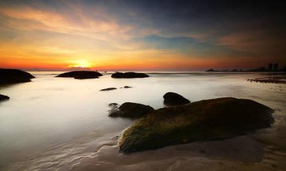 Hua Hin Sunrise by comsic