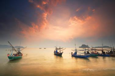 Prachuap Khiri Khan - Boats 2 by comsic
