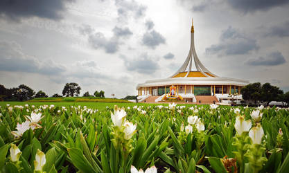 Suan Luang by comsic