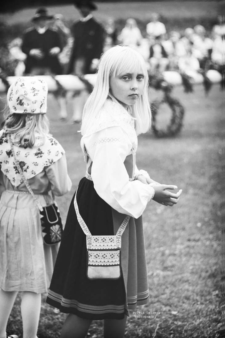 Alice in wonderland by SylviaDalberg