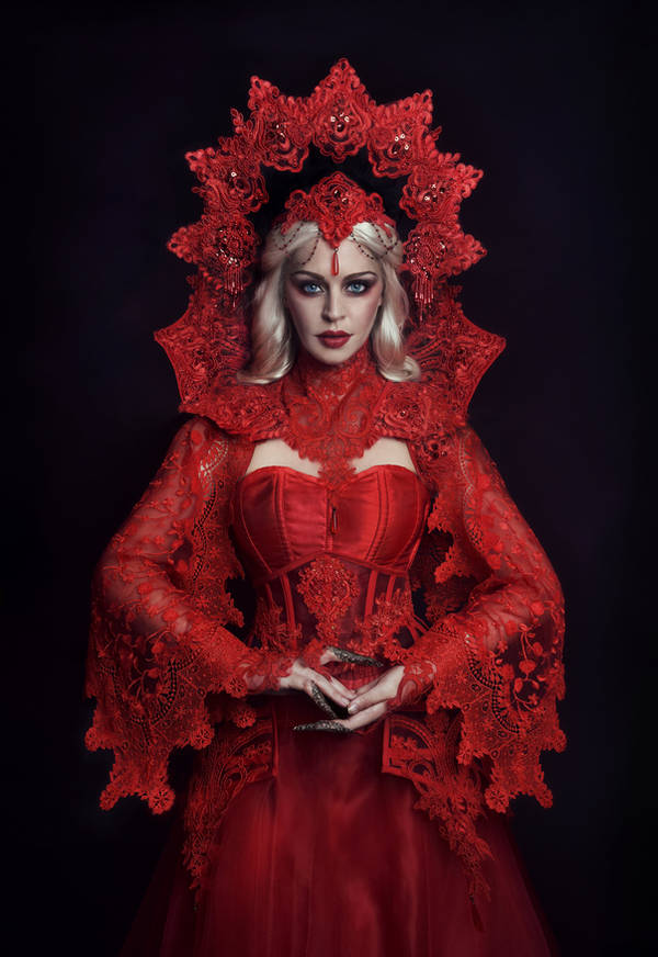 The Red Queen by fae-photography