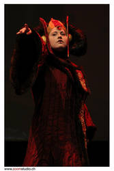 Queen Amidala ~ I accuse! by Kaori-prod