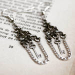 Victorian key earrings by Curionomicon