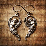 Victorian goddesses earrings by Curionomicon