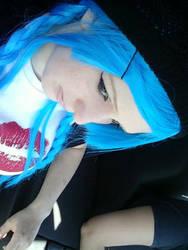 Blue hair by Decora-Chan