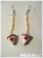 Cheesecake earrings by Shizuru117