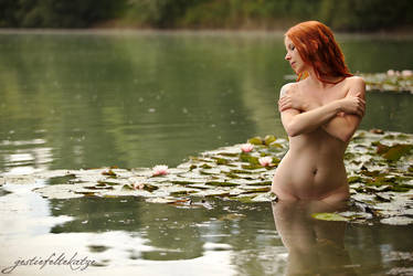 Ginger and Water Lily by gestiefeltekatze