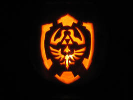 Zelda Shield Punkin by eDonutMuffin