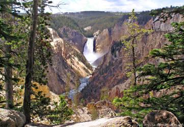 Yellowstone's Grand Canyon by MissNysha
