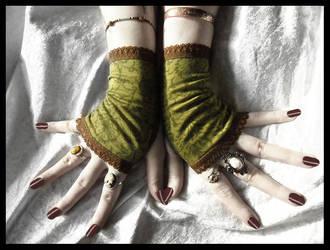Dryad Damask Fingerless Gloves by ZenAndCoffee