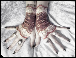 Dirigible Lace Fingerless Gloves by ZenAndCoffee
