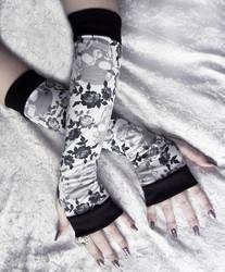 Fleur Minuit Arm Warmers by ZenAndCoffee