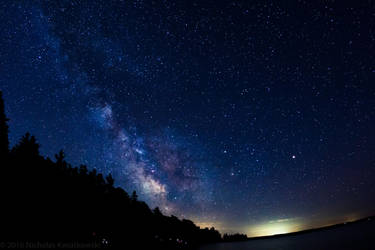 Milky Way in the Dark Skies by quetwo