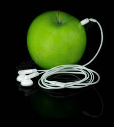 apple iPod by Laurette-stuff