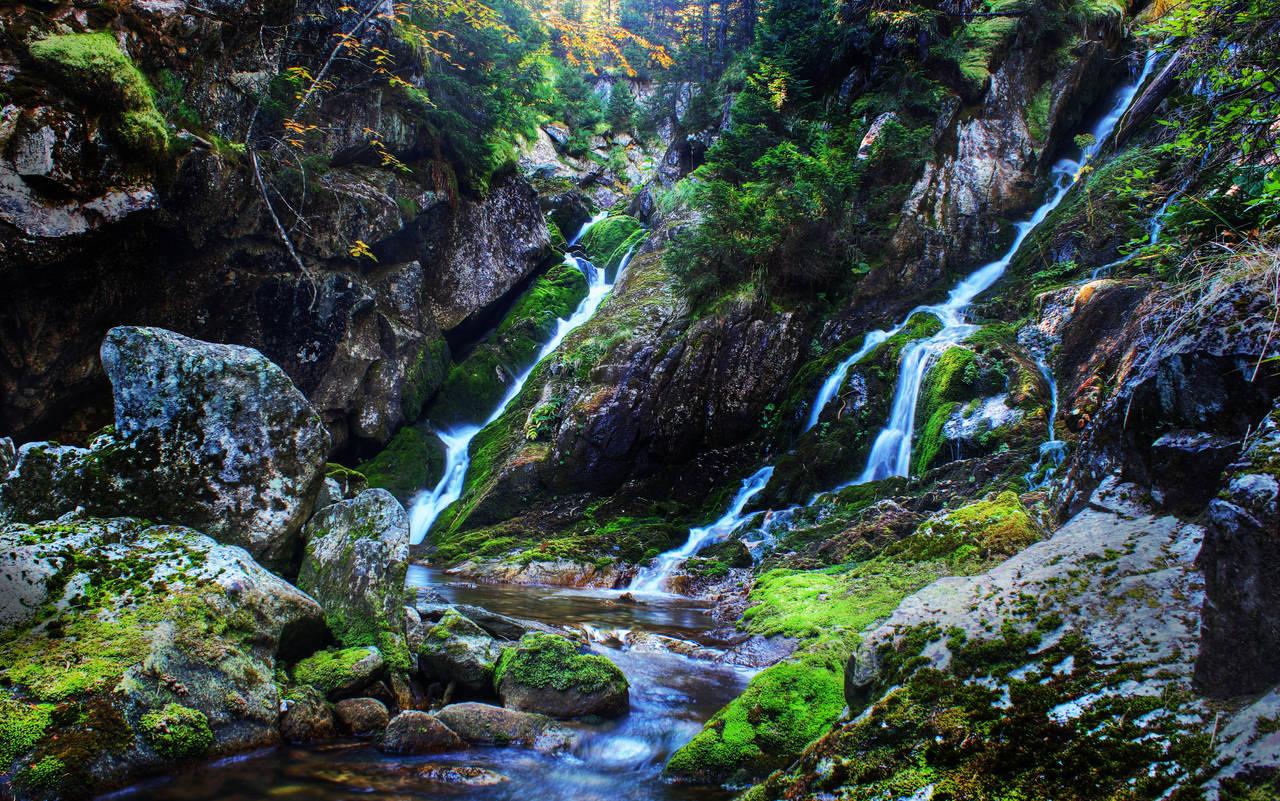 Where The Waterfalls Meet by borda