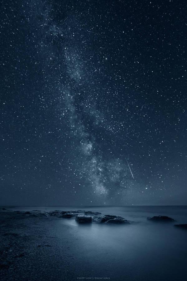 Reflecting Infinity by borda