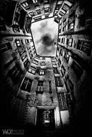 Looking up the sky by WojciechDziadosz