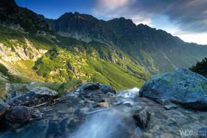 Mountains awakes by WojciechDziadosz