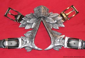 Ezio's Belt Insignia by thegadgetfish