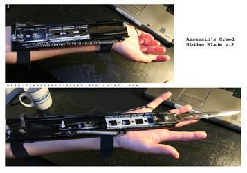 Assassins Creed Wristblade v2 by thegadgetfish