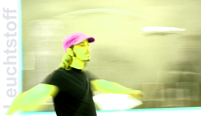 Leuchtstoff's Profile Picture