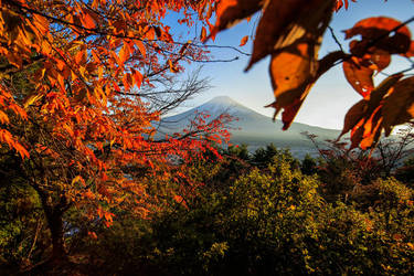 Obscured Fuji by timbodon