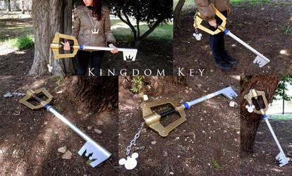 Kingdom Key - 1:1 Wood replica by MithriLady