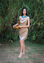 Picking Ears of Corn - Pocahontas by Laura-Mambly