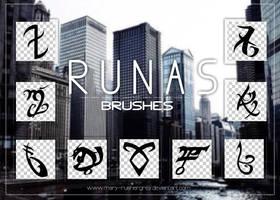 Runas Brushes by mary-rushergrey