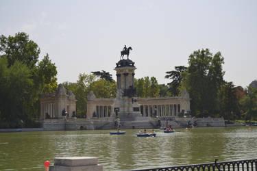 Lago del Retiro by Romaji-92