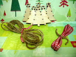 Christmas Tree Kit by Ideas-in-the-sky
