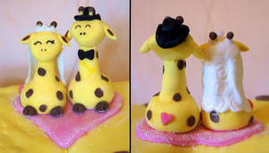Giraffe Cake Toppers by Ideas-in-the-sky