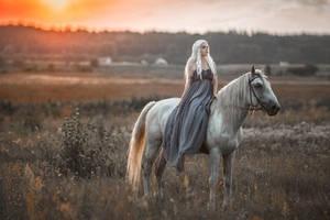 Daenerys - Game of Thrones by fenixfatalist