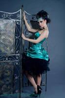 Szandi green 3 by Linire